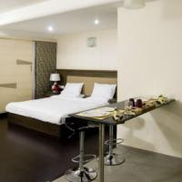 Apartment with gym in Ellisbridge, Ahmedabad, by GuestHouser 2989