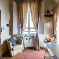 Ponte Vecchio Central Flats