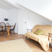Awesome 2 Bed, Quick Links Central