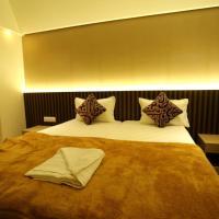 Hotel Grand Parivaar