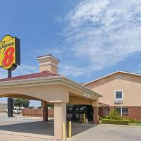 Super 8 by Wyndham Burleson Fort Worth Area