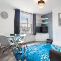Bright Large Home in Clapham, Sleeps 8!
