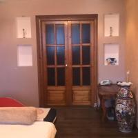 Room on Titova