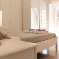 Elegant Apartment in Cagliari Oldtown & Shopping District