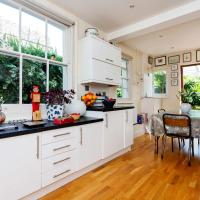 Veeve - Ravenscourt Park Family Home