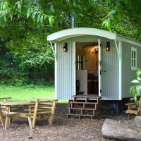 The Hut, Fittleworth