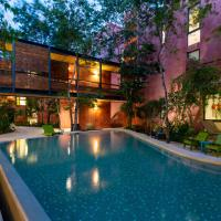 Chic Jungle 2 BR Condo by Happy Address
