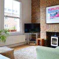 Spacious 2 Bedroom Apartment in Stoke Newington