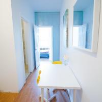 2 bedroom Apartment near Kensington Market unit 1
