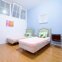 1 Bedroom apt near Kensington Market unit 4