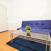 2 Bedroom apt near Kensington market unit 9