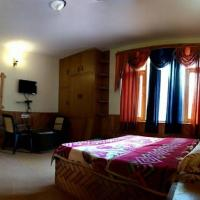 Wooden Cottage stay in Manali