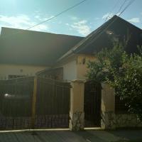 Грушевського 13