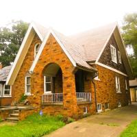 Birwood House