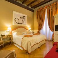 Hotel Corona d'Oro