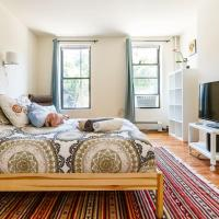 Bright 2BR 2BA Overlooking the Park