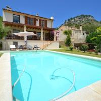 Villa Caimari with Wifi pool and great views for 6 + 2 people