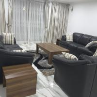 Comfortable Ensuite 2 Bedroom Home
