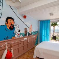 Seanema Tintín Beach House Boat