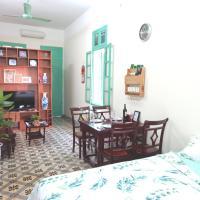 Tonkin home, 2 beds, balcony