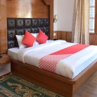 OYO 10255 Hotel Red Apple