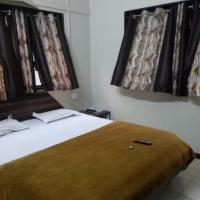 1 BR Guest house in Gole Colony, Nashik (5BC1), by GuestHouser