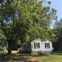 Rappahannock River Cottage Near I-95!