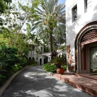 Charming & Historic Miami Cottage 3 bedroom & Pool