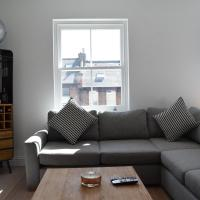 Bright 2 Bedroom with Balcony in Wandsworth