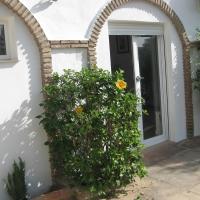 Costa del Sol: Sitio de Calahonda (12 km de Marbella) Apt 1 ch + Salon + Kitch. + SdeB dans maison d'hôte