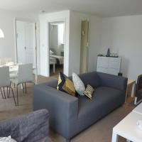 Apartment 1 132A
