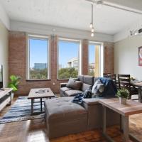 Downtown Dallas Luxury Condos by Hosteeva
