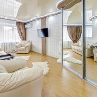 Апартаменты ИннХоум с джакузи у БД Спиридонов