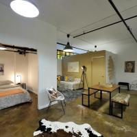 Urban Artistic loft in the heart of Williamsburg