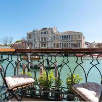 Casa Zucchi | Grand Canal Apartment