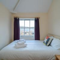 Light and cosy 2 bedroom flat near Whitechapel (sleeps 4)