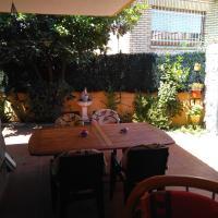 Booking.com: Hoteles en La Adrada. ¡Reserva tu hotel ahora!