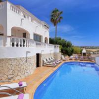 Son Bou Villa Sleeps 13 Pool Air Con WiFi