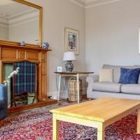 3 Bedroom Flat in Edinburgh's New Town Sleeps 6