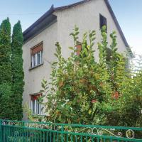 Four-Bedroom Holiday Home in Balatonszarszo