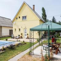 Four-Bedroom Holiday Home in Balatonmariafurdo