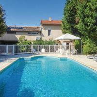 Six-Bedroom Holiday Home in Montagnac