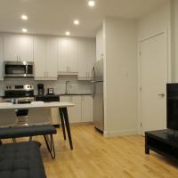 Spacious apartment Near Place-des-Arts Metro