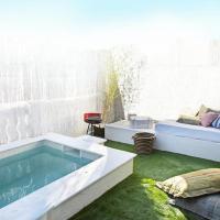 Provenals del Poblenou Villa Sleeps 6 Pool Air Con