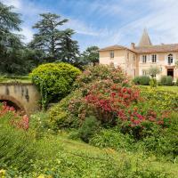 Saint-Lary-Soulan Chateau Sleeps 21 Pool WiFi