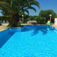 Margon Villa Sleeps 16 Pool