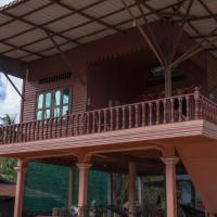 Prithy & Mutta (Community Homestay Chansor 10)