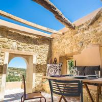 Joy: Artist's Stone House With Countryside Views
