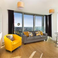 Two Bedroom Apartment with Free Parking and City View in Central MK