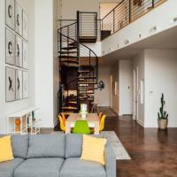 West Fulton Luxury Loft